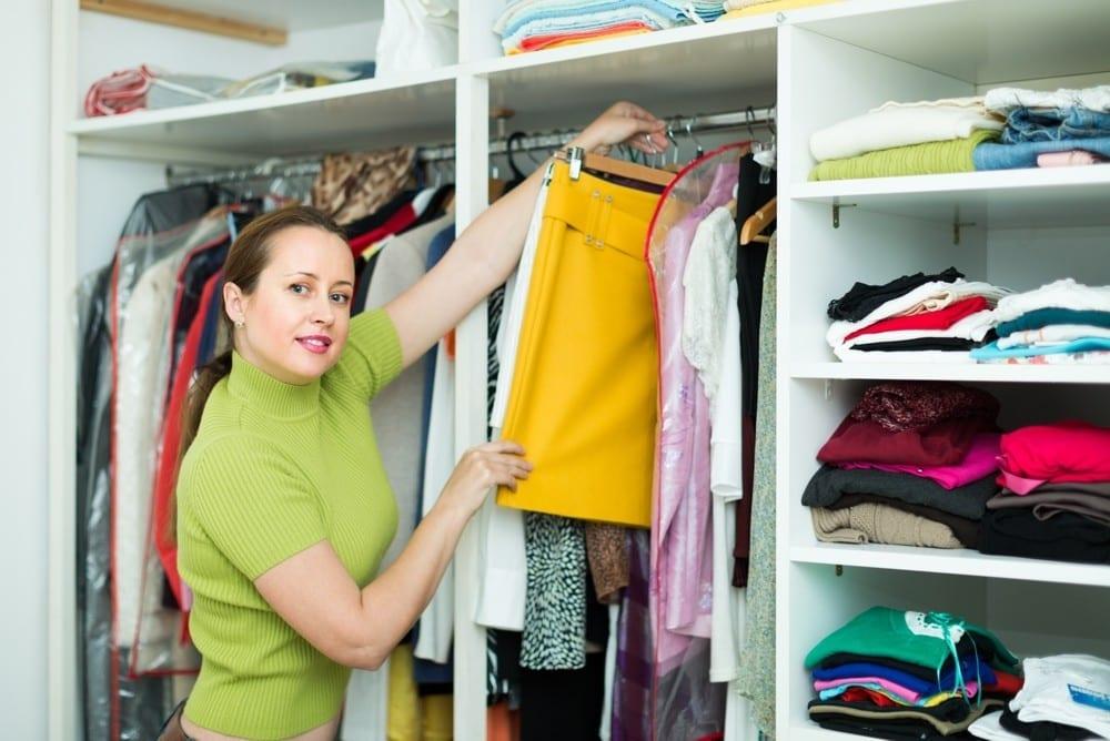 Comment faire un bon tri de garde robe premi re impression - Changer sa garde robe femme ...