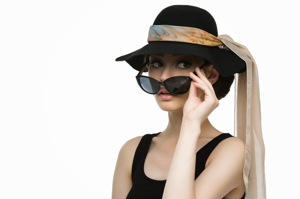 Elegance Audrey Hepburn lunettes by Mademoiselle M