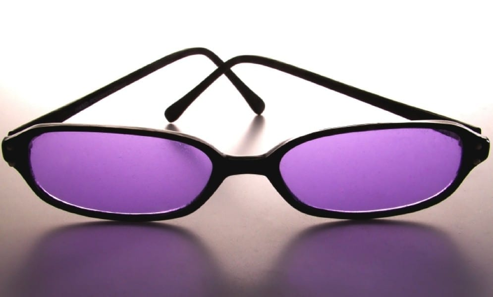 Lunettes violettes by Mademoiselle M