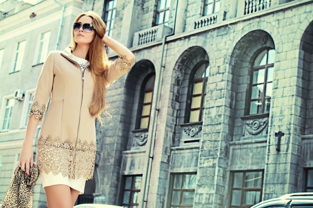 Robe crème manteau dentelle ville by Mademoiselle M