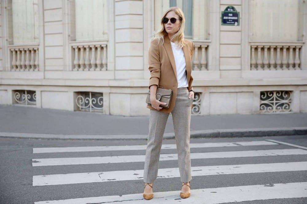 Bien habillée circonstances by Mademoiselle M