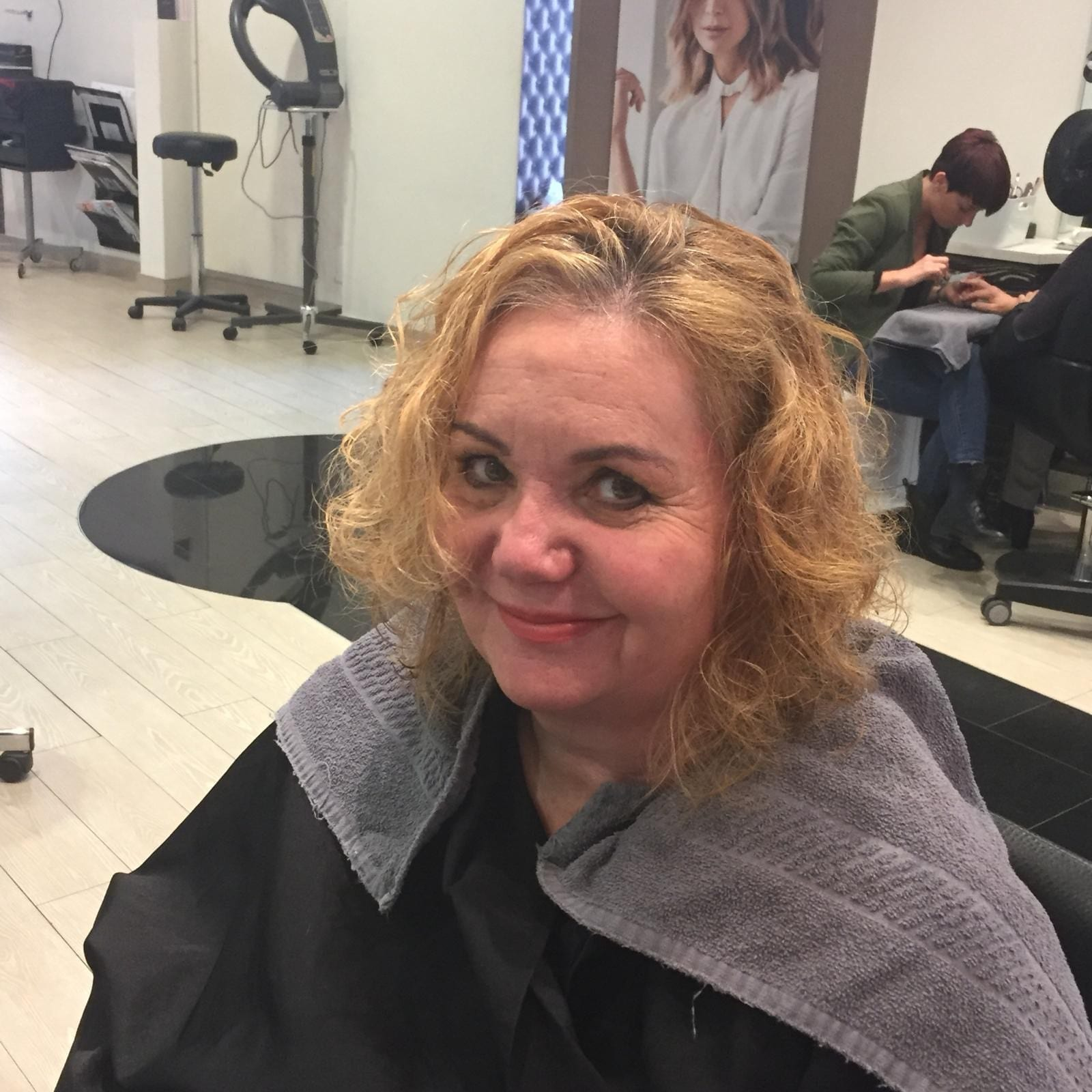 Coiffure avant Christine 1 by Mademoiselle M