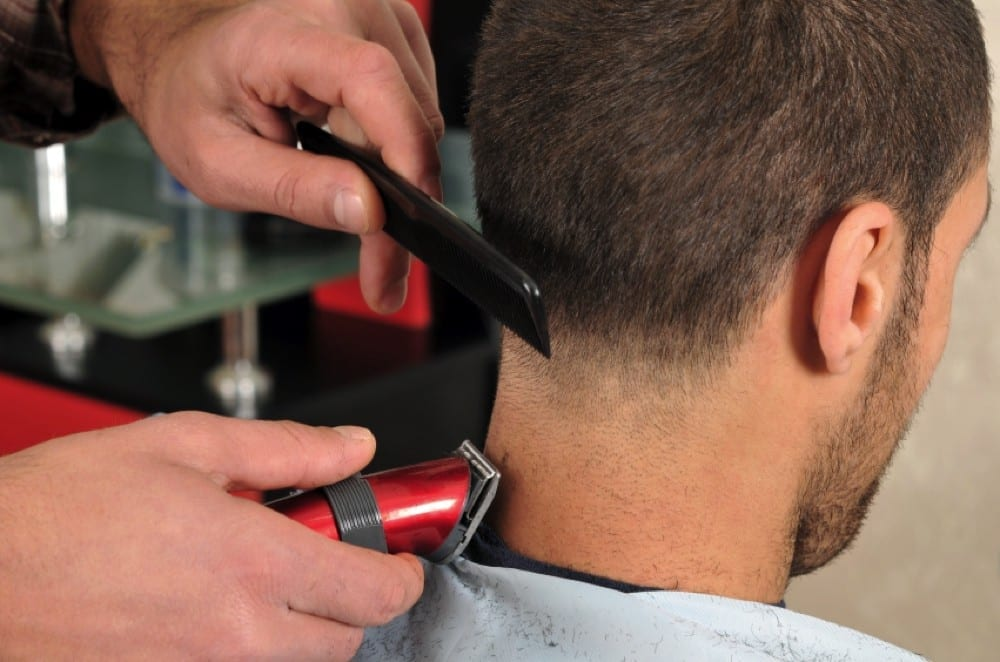 Coiffeur nuque homme by Mademoiselle M