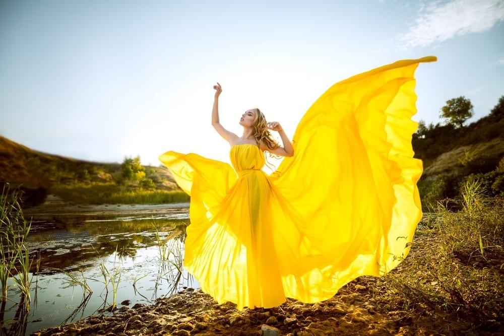Jaune tournesol robe féérique by Mademoiselle M