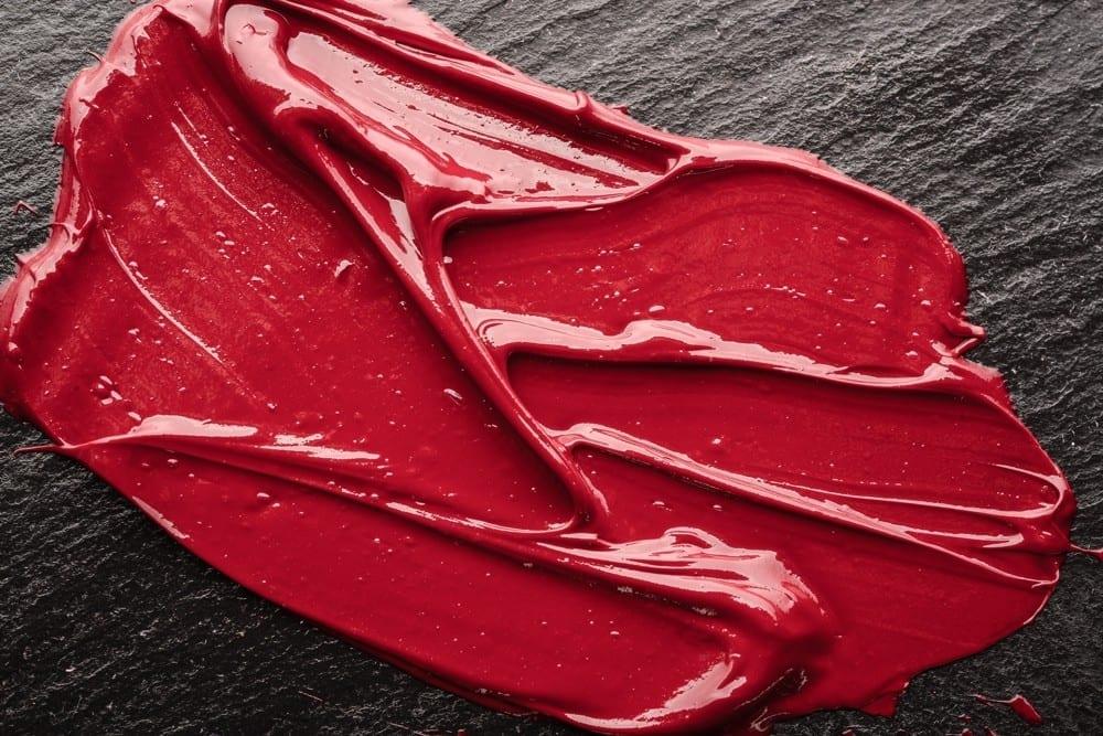 Rouge à lèvres étalé by Mademoiselle M